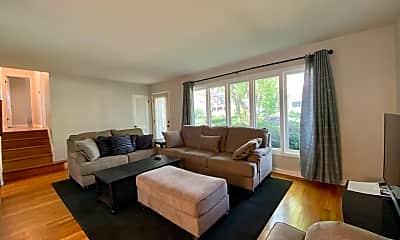 Living Room, 639 Wellner Rd, 1
