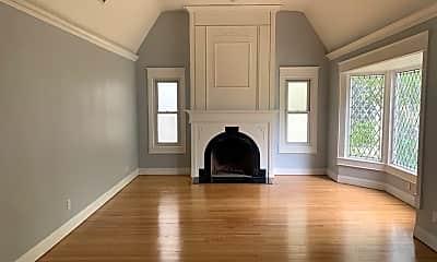 Living Room, 1125 Stearns Dr, 1