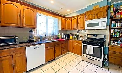 Kitchen, 68 Holbrook Ave 0, 1