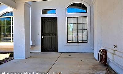 Building, 2747 Northridge St, 1