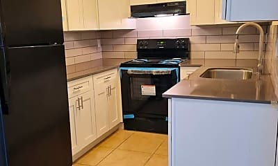 Kitchen, 6702 N 17th Ave, 1