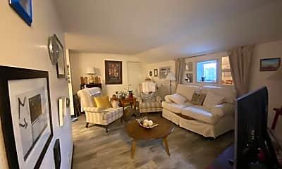 Living Room, 309 8th St, 0