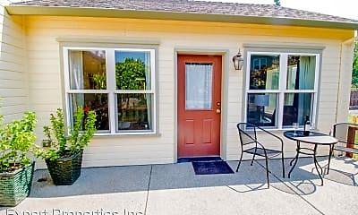 Patio / Deck, 960 Beverly Way, 1