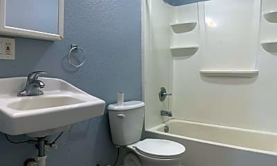 Bathroom, 2640 Cottage Grove Ave, 2