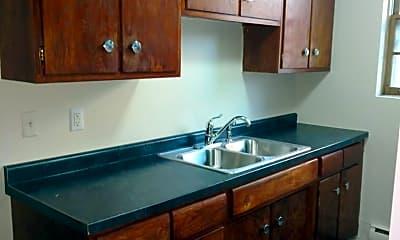 Kitchen, 1272 Magnolia Ave E, 1