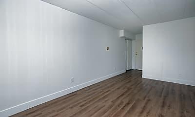 Living Room, 625 3rd St SW, 2