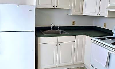 Kitchen, 1440 Washington Ave, 1