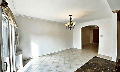 Living Room, 138 Lake St, 2