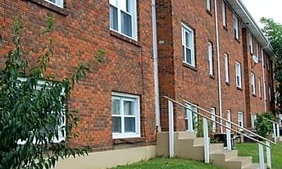 Building, 702 Fairway Dr, 0