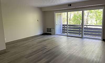 Living Room, 100 Penn Pleasant Dr, 0