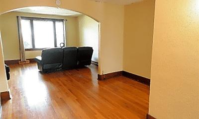 Living Room, 1326 2nd St SE, 1