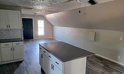 Kitchen, 730 W Shannon Ave, 1