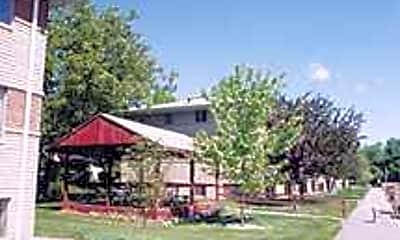 Maxwell Terrace, 2
