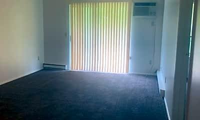 Living Room, 132 Fox Hill Ln, 0