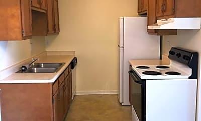 Kitchen, 6522 Six Mile Ln, 1