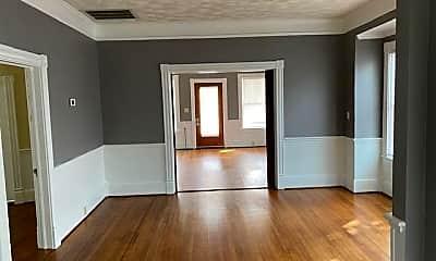 Living Room, 1001 N Craven St, 2