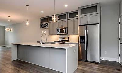 Kitchen, 1007 Greenleaf Ave B, 1