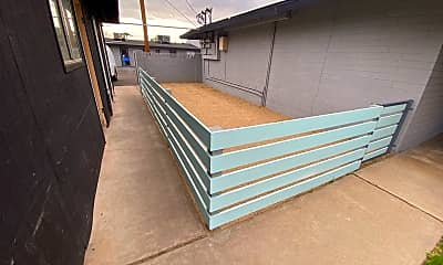 Patio / Deck, 2025 E Turney Ave, 1