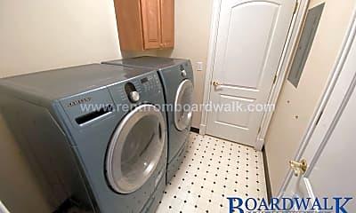 Bathroom, 150 S 300 E, 2