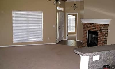 Living Room, 608 Eastview Circle, 1
