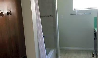 Bathroom, 4149 Keever Ave, 2