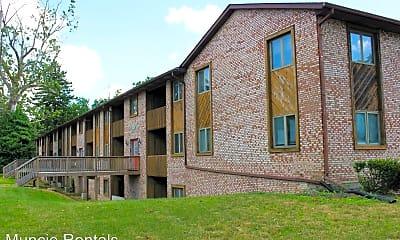 Building, 920 N Linden St., 0