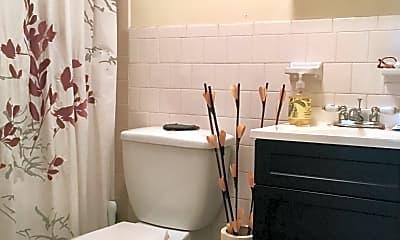 Bathroom, 188 Marlborough St, 2