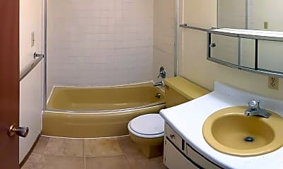 Bathroom, 198 1st St, 2