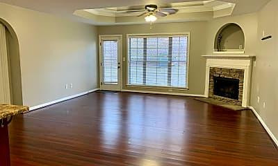 Living Room, 1029 Ashwood Dr, 1