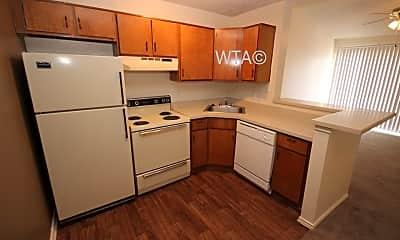 Kitchen, 550 Heimer Rd, 2