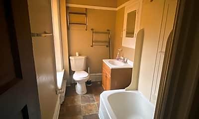 Bathroom, 200 Broad St, 0
