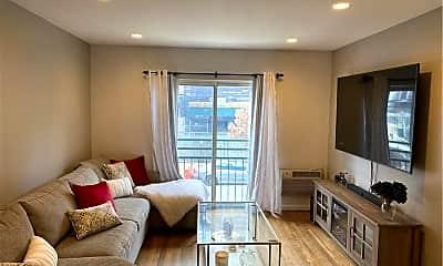 Living Room, 2012 Honeywell Ave, 0