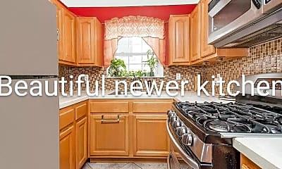Kitchen, 3764 Olinville Ave 2ND, 1