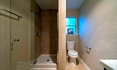 Bathroom, Room for Rent - Live in Shaver Place, 0