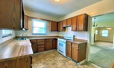 Kitchen, 301 Patterson Avenue, 2