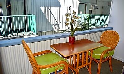Dining Room, 410 N?hua St, 2