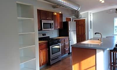 Kitchen, 83 E Duncan St, 1