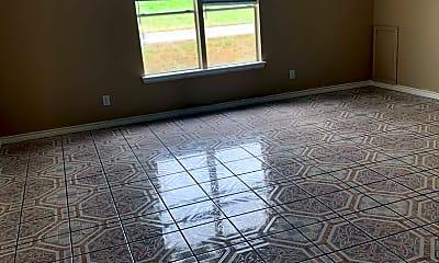 Living Room, 610 Ferry Rd, 1