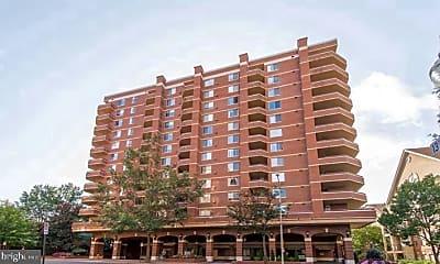 Building, 1276 N Wayne St 1218, 1