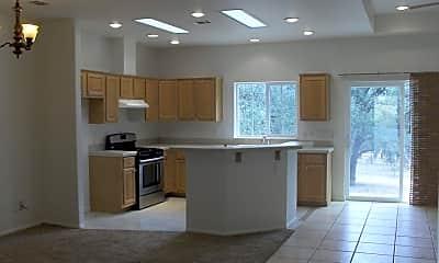 Kitchen, 18244 Alps St, 1