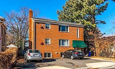 Building, 728 N Wakefield St, 1