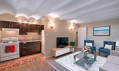 Living Room, Skyline Uptown, 0