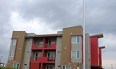 The Edge Apartments / Club House NEGOTIATED, 0