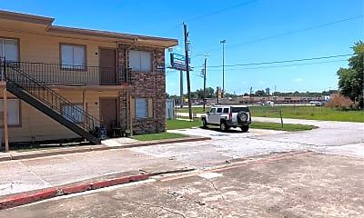 Redstone Apartments, 2