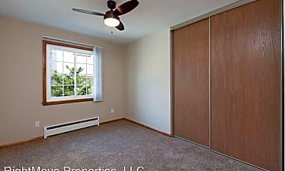Living Room, 2510 Grand Ave S, 2