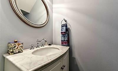 Bathroom, 2304 Albans Rd A, 2