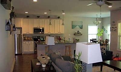 Kitchen, 4256 Pleasantburg Dr, 1