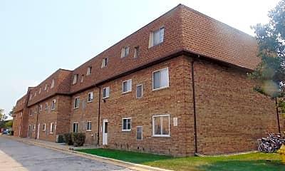 Building, 9438 Bay Colony Dr, 0