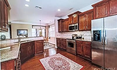 Kitchen, 11833 Kimberfield Rd, 2