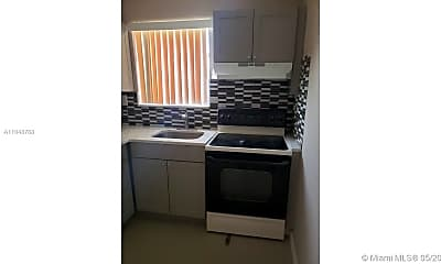 Kitchen, 1800 NW 19th St 9, 1